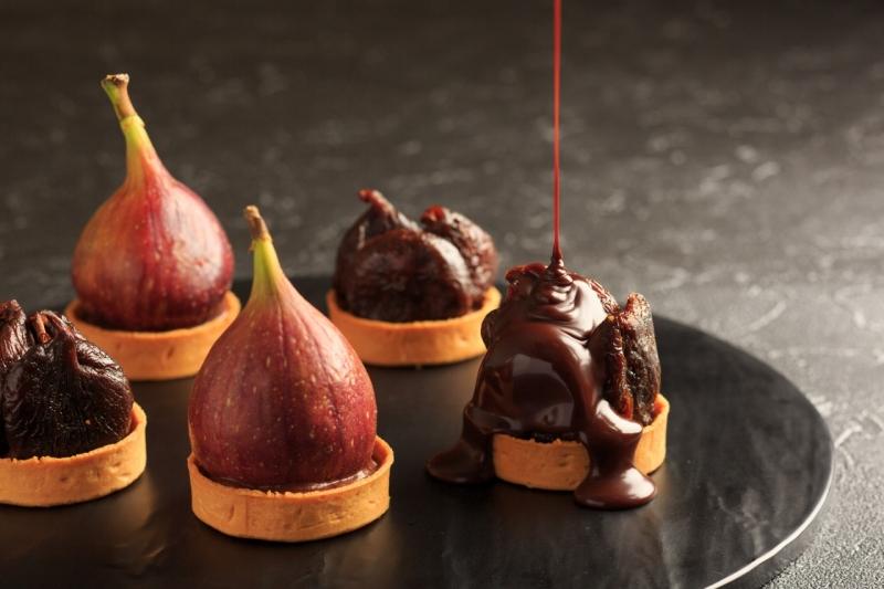 チョコレートのロールケーキやマカロンなど「11月チョコレートスイーツブッフェ」