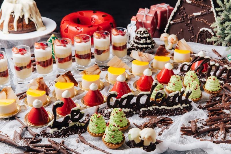 20種以上のホテルメイドスイーツ&軽食を堪能!「12月冬の贈り物スイーツブッフェ」