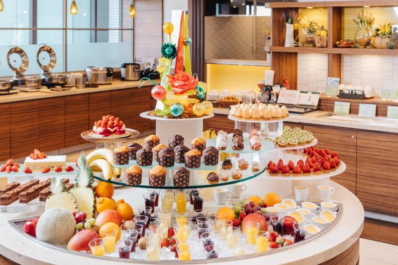 <6月の毎週月~木曜日限定>デザートコーナーが充実!ナトゥーラスイーツナイト開催
