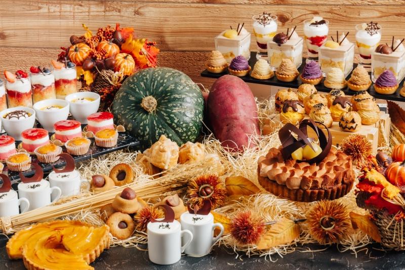 〈バーラウンジ夜間飛行〉9月秋の味覚スイーツブッフェ第一弾 ~2種類のさつま芋と栗~